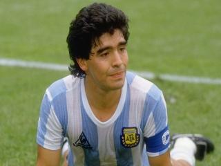 دیگو مارادونا اسطوره فوتبال جهان درگذشت