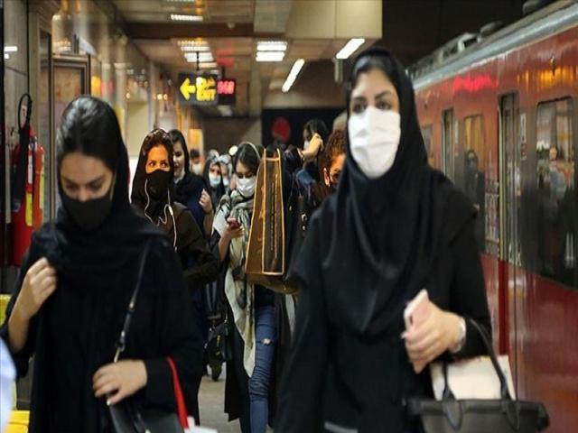 کرونا در تهران تا حدی رو به کاهش/کنترل مراجعین ادارات با کارت ملی هنوز اجرایی نشده است