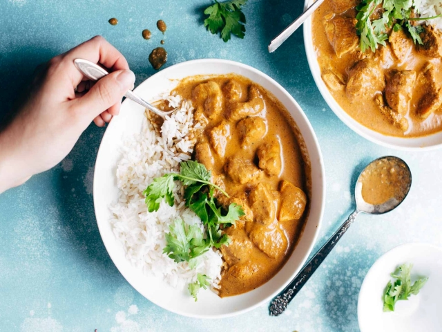 خورش مرغ هندی; یک غذای تند و خوشمزه