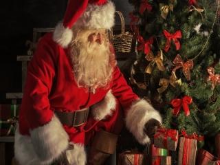 داستان لباس قزمز بابانوئل چیست؟