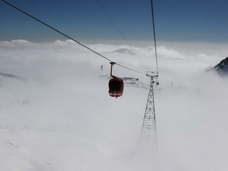 جمعه سیاه در روز برفی ارتفاعات تهران