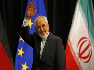 پیام ظریف بمناسبت سال نو میلادی: بیایید سال 2021 را به سال صلح آمیز تبدیل کنیم