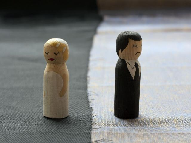 چه عواملی باعث میشود تا ازدواج ناموفق داشته باشیم ؟