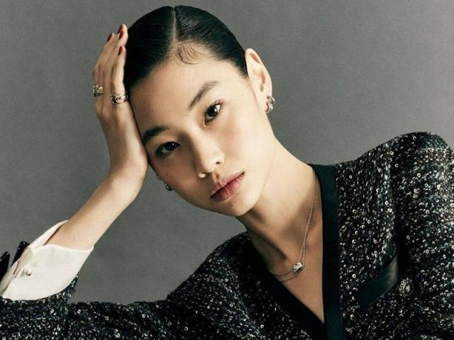 بیوگرافی هویون جونگ؛ بازیگر نقش کانگ سه بیوک در بازی مرکب