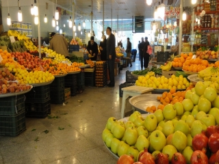 تدارک میادین میوه و تره بار برای فروش فوقالعاده به مناسبت نوروز