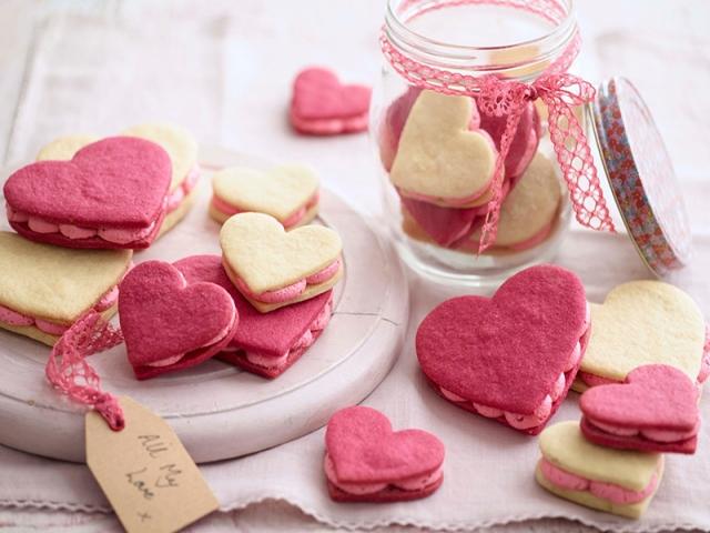 طرز تهیه شیرینی قلب مخصوص روز عشق