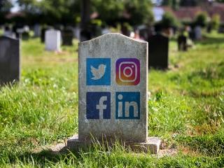 قوانین شبکه های اجتماعی در صورت مرگ شخص