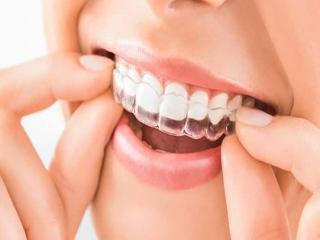 لیست دندانپزشکی های شبانه روزی و دسترسی به آنها