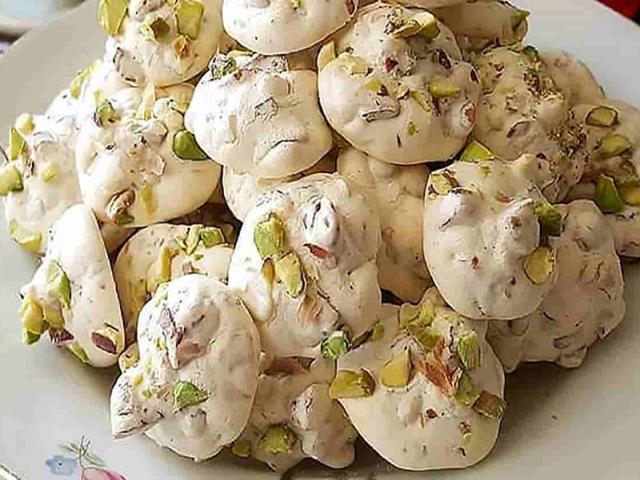 طرز تهیه شیرینی گردویی ؛ مخصوص عید نوروز