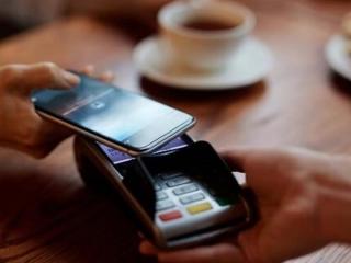خرید با تلفن همراه به جای کارت بانکی عملیاتی میشود