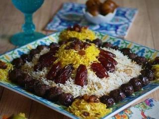 رشته پلو با کشمش و خرما / غذای مخصوص عید نوروز