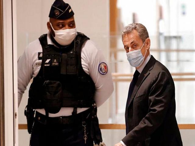 نیکولا سارکوزی رئیس جمهور سابق فرانسه سوژه رسانه های جهان شد