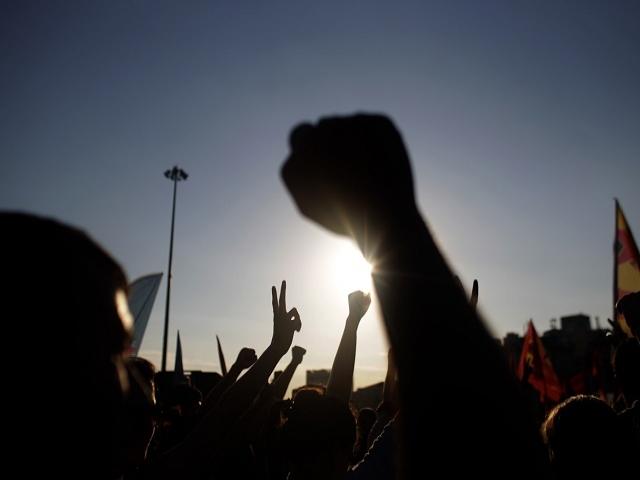تفاوت انقلاب با کودتا ، شورش و جنبش