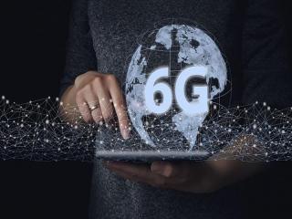 از نسل پنجم شبکه تلفن همراه به نسل ششم / نسل ششم (6G) چیست؟