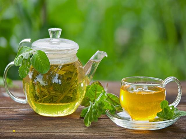 آیا چای سبز به درمان کرونا کمک می کند؟ / جلوگیری از ویروس جهش یافته