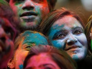 روانشناسی رنگها و معنی هر رنگ و تاثیراتش بر خلق و خو