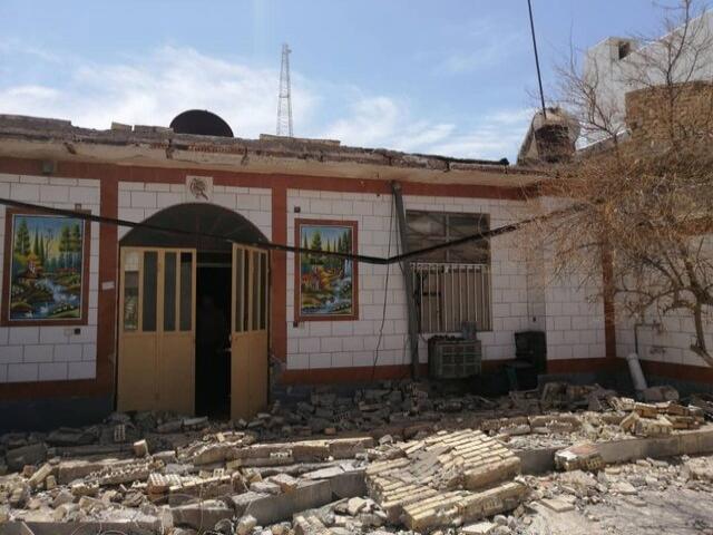 زلزله شدید در گناوه + عکس و وضعیت مصدومان