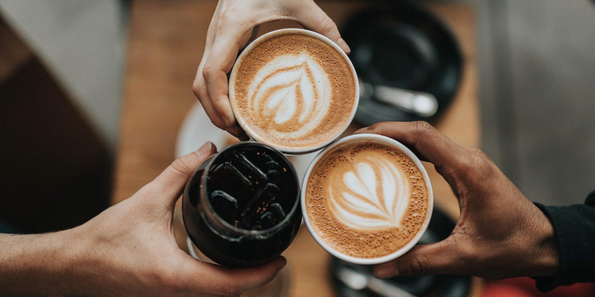 تهیه قهوه اسپرسو با شیر جوش