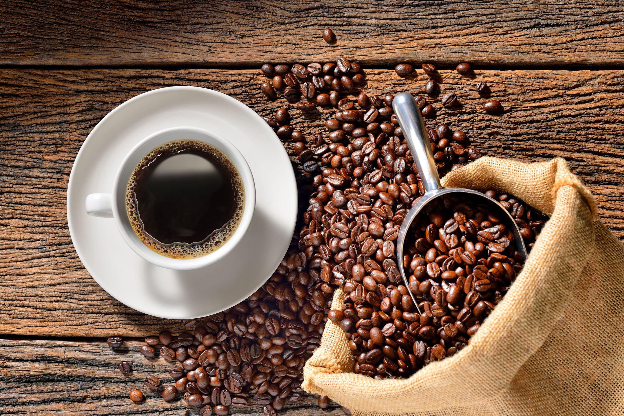 تهیه قهوه با قهوه جوش