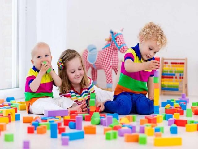 بازیهای مناسب کودکان سنین 2تا3 سال