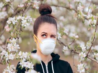 تشخیص حساسیت فصل بهار و کرونا