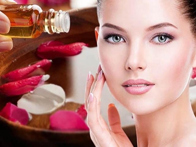 روش استفاده از گلاب برای داشتن پوستی زیبا و درخشان