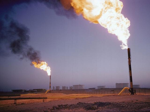 گاز طبیعی چیست ؟ تاریخچه و ترکیبات