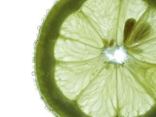 با آب لیمو ترش از سرطان پیشگیری کنید