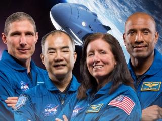 معرفی چهار فضانورد شگفتی ساز که ماهها در فضا بودند