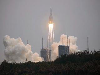 هشدار از معلوم نبودن مکان بازگشت بقایای موشک چینی به زمین