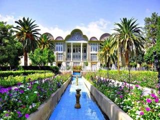اجاره روزانه خانه یا اقامتگاه بوم گردی در شیراز | کدام بهتر است؟