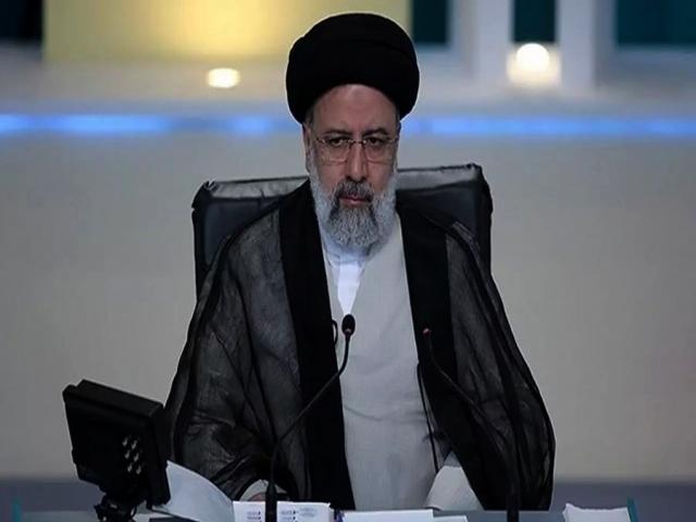 مراسم تحلیف رئیسی 14 مرداد در مجلس برگزار میشود