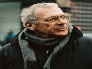 نگاهی به زندگی و آثار سیدنی پولاک کارگردان، بازیگر و تهیه کننده مشهور هالیوودی