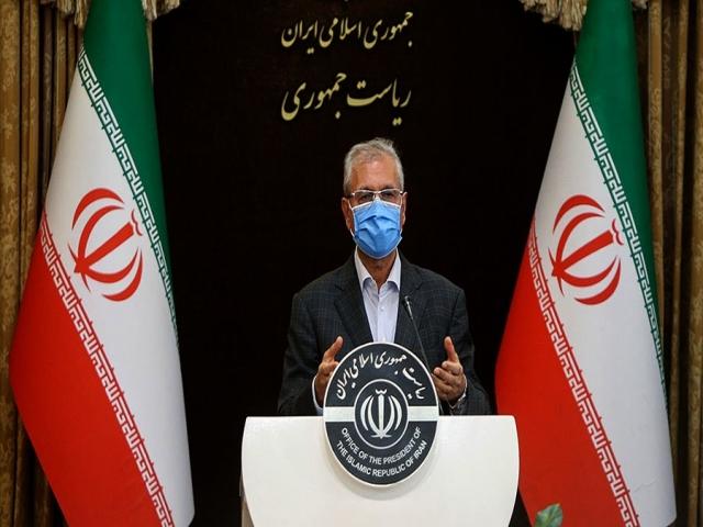 عذرخواهی دولت در پی حادثه برای اتوبوس خبرنگاران و سربازمعلمها