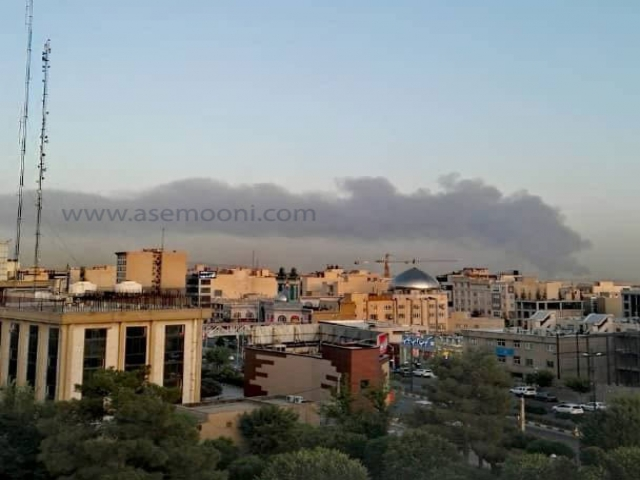 آتش سوزی گسترده در پالایشگاه نفت جنوب تهران