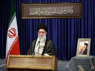 رهبر انقلاب اسلامی : به بعضی از افرادی که صلاحیتشان احراز نشد، ظلم وجفا شد