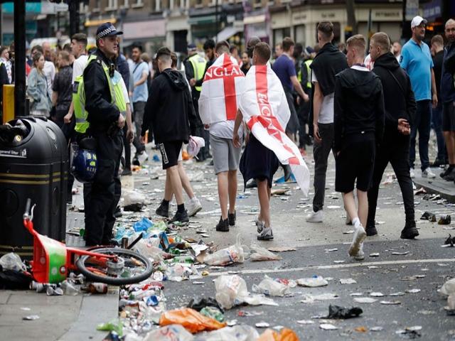 آشوب در لندن پیش از شروع فینال یورو