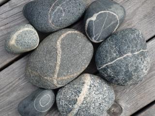 سنگ و خاک چه تفاوتی با هم دارند؟