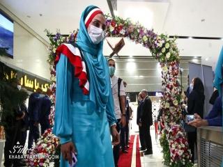 لباس بانوان ورزشکار ایران در رژه المپیک تغییر کرد