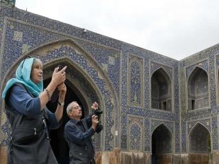 ادامه ممنوعیت ورود گردشگران خارجی به ایران