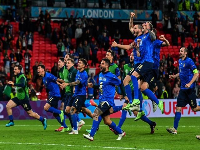 واکنش بازیکنان ایتالیا پس از صعود به فینال یورو 2020