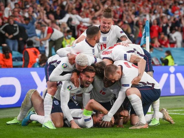 انگلیس به فینال یورو 2020 صعود کرد
