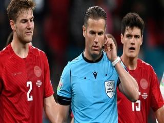 پس از قضاوت بحث برانگیز در نیمه نهایی یورو : داور هلندی متهم ردیف اول فوتبال اروپا!