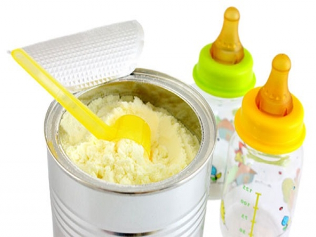 1.5 میلیون یورو مواد اولیه شیرخشک گوشه گمرکات در حال فاسد شدن!