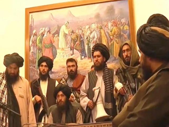 تصرف ارگ ریاست جمهوری افغانستان توسط طالبان