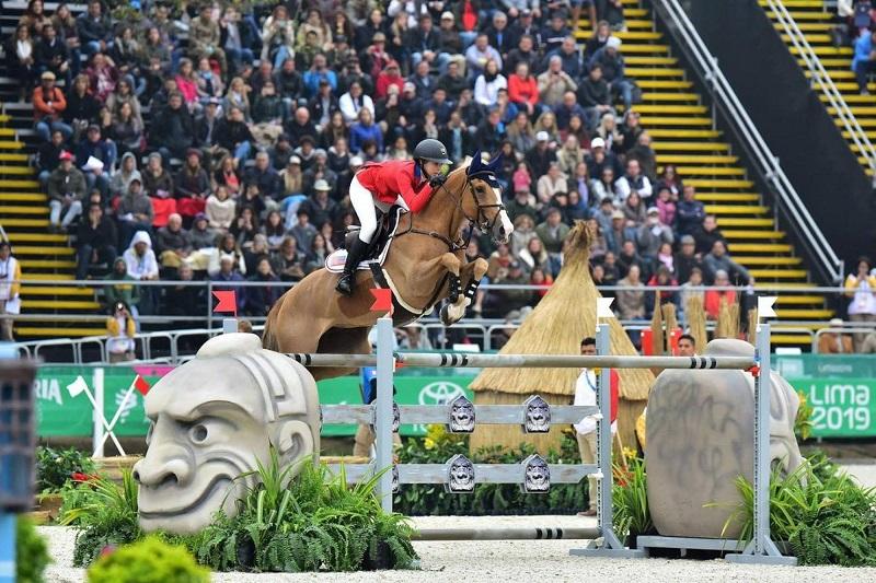 ایو جابز اسب سوار حرفه ایی