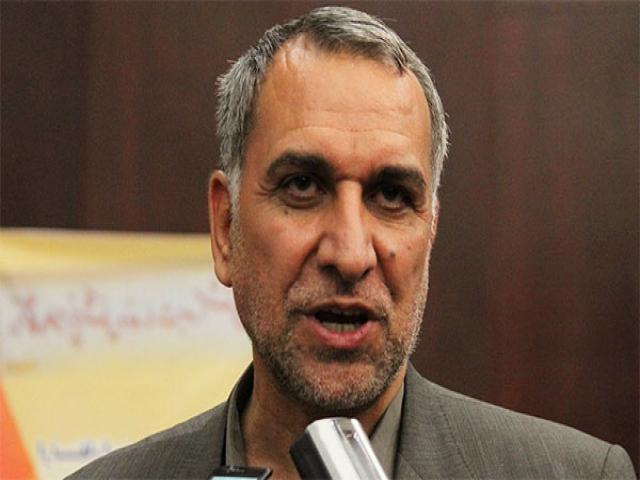 شروع کار وزیر جدید بهداشت در میان کادر درمان