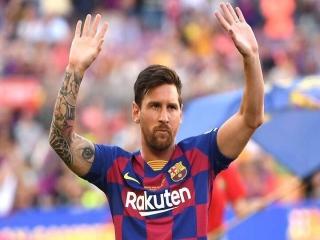 شوک به هوادران بارسلونا لیونل مسی از بارسا جدا شد