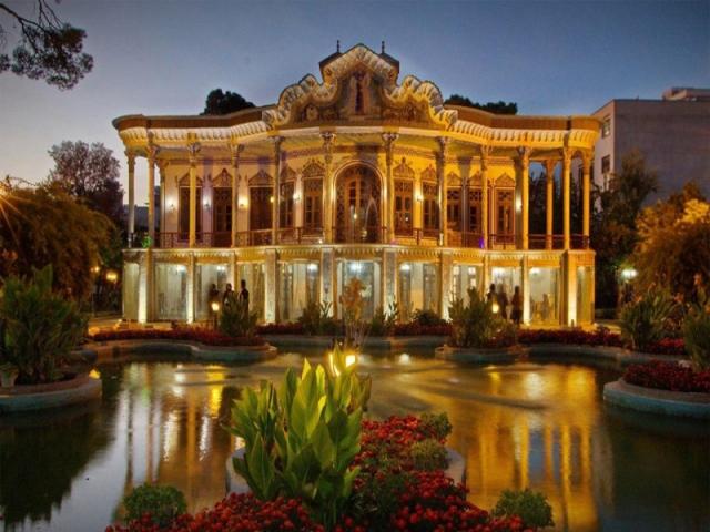 عمارت شاپوری در شیراز