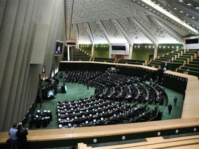 اعتبارنامه منتخبان انتخابات میاندورهای مجلس تصویب شد
